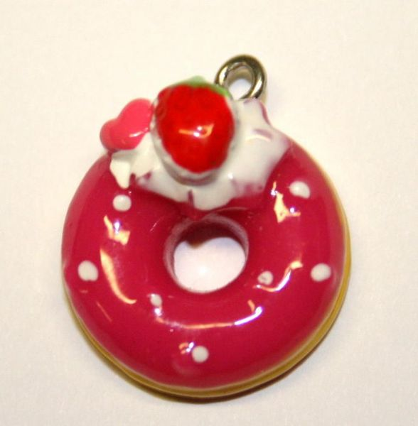 ICE STRAWBERRY DOUGHNUT FOOD CHARM 18MM CHFD1053